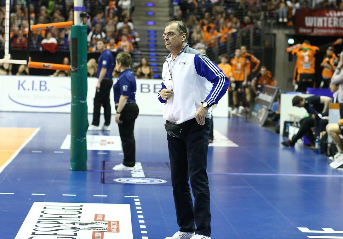 Stelian Moculescu ist neuer BR Volleys Trainer - Foto: Eckhard Herfet