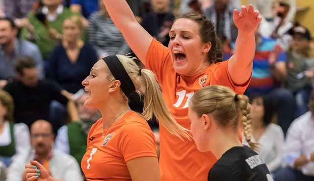 Straubings Volleyballerinnen empfangen im Pokal derzeit bestes Team Deutschlands - Foto: Schindler