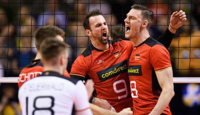 Mit einem Bein im Halbfinale - 3:0 vs. Belgien - Foto: Conny Kurth / DVV