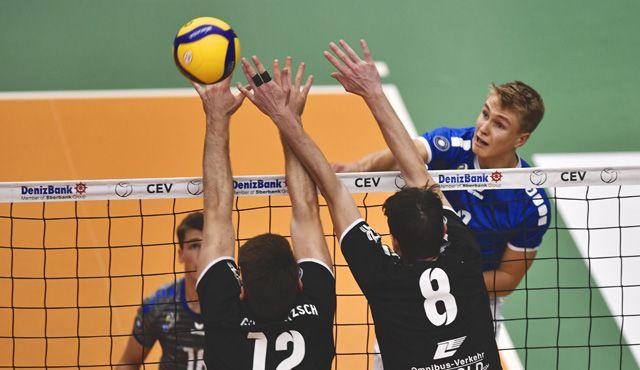 Motiviert ins neue Volleyball-Jahr  - Foto: Günter Kram