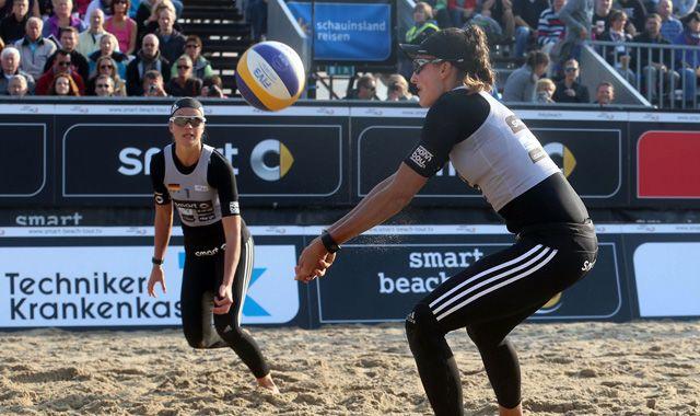 Beachvolleyball-Nationalteam Holtwick/Semmler startet bei den World Tour-Open im türkischen Antalya - Foto: Hoch Zwei/Jörn Pollex
