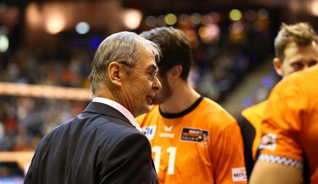 Zusammenrücken vor dem Showdown - Foto: Eckhard Herfet