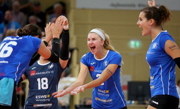 Volleyballfest zum Saisonauftakt: VCW schlägt Potsdam im Tiebreak - Foto: Detlef Gottwald