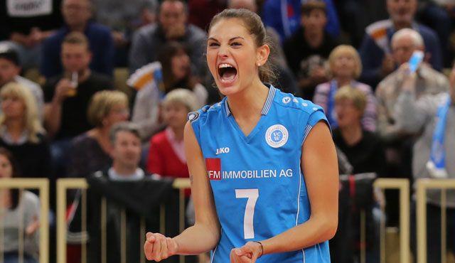 VC Wiesbaden muss lange auf Annalena Mach verzichten - Foto: Detlef Gottwlad