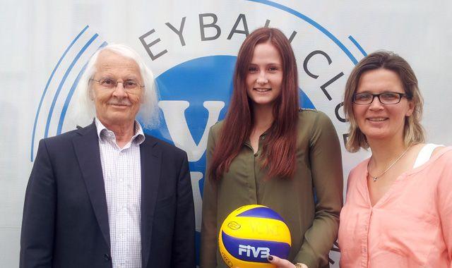 VCW verlängert mit Rebecca Schäperklaus - Foto: CVW