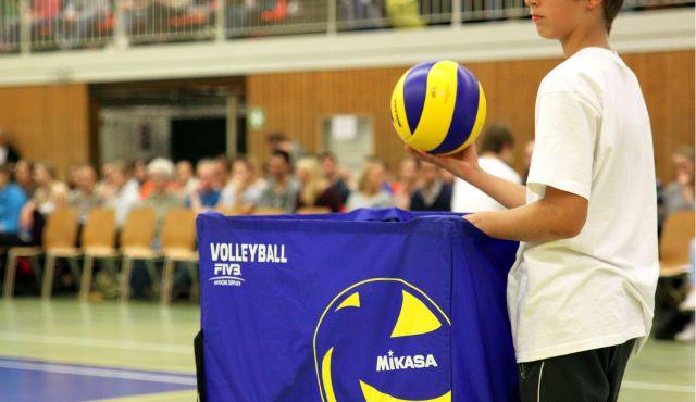 Volleyball-Männer fordern mehr Aufmerksamkeit - Bild von Tania Van den Berghen auf Pixabay