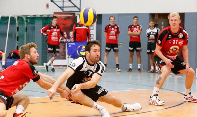 Rheinmain-Volleyballer überzeugen im Eschenbacher Hangar - Foto: Frank Heumann