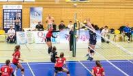 Stand wie schon gegen Leverkusen hervorragend: Der Block der Kölnerinnen um die MVP Franziska Kalde Foto: Martin Miseré