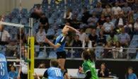 Volleyball-Team Hamburg reist nach Schwerin Foto: VTH-Kapitänin Daniela Eixenberger im Angriff