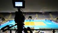 Der Volleyballtempel bleibt leer: keine Zuschauer bei Berlin vs. Friedrichshafen Foto: Eckhard Herfet