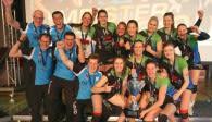 So sehen Sieger aus: Das Team von Skurios Volleys Borken feiert die Meisterschaft  Foto: Skurios Volleys Borken