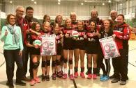 Premiere in Holzwickede! Das Organisationsteam und das weibliche VVH-U14-Team freuen sich auf die ersten Jugendmeisterschaften Anfang April in der Hilgenbaumhalle Foto: p:e:w