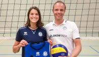 Nachfolgerin auf der vakanten Zuspiel-Position: Kölns nächstes Eigengewächs Annika Stenchly mit Trainer Jimmy Czimek Foto: privat