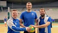 Die ehemaligen Volley YoungStars Markus Steuerwald, Jakob Günthör und Thilo Späth-Westerholt sind in Mannheim gemeinsam DVV-Pokalsieger 2019 geworden. Foto: Gunthild Schulte-Hoppe