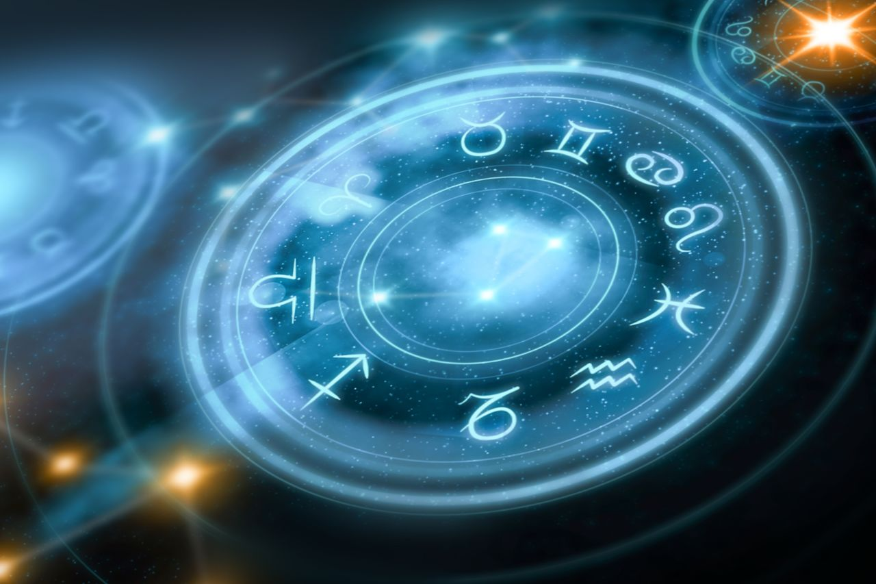 What does the Bible say about astrology? | Bibleinfo com