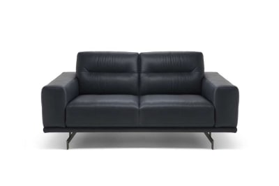 Elio Loveseat in C20JF