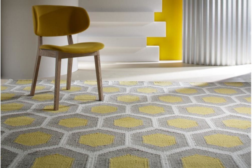 hive rug claire chair  bayliss hive calligaris claire  bayliss hive calligaris claire