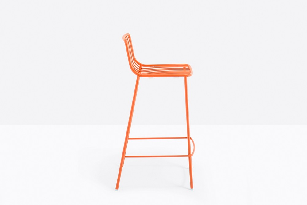 Nolita 3657 02 zoom.jpg Nolita Stool_By Pedrali_Made in italy_ By CMP Design_outdoor seatings_metal garden chairs_Barstool with steel tube frame powder coated for outdoor use_ Seat height 650 mm. Nolita 3657 02 zoom.jpg