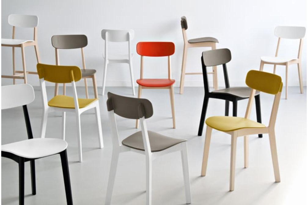 Cream Chairs Setting Calligaris Cream Table and Chairs Calligaris, Cream, Table, white, red, natural timber