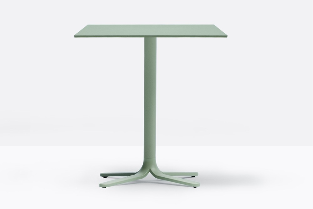 Fluxo%205465%202.jpg FLUXO 5465_DESIGN:LUCA CASINI_primary geometric shapes_stem-like base_ clean and minimalist lines._Die-cast aluminium base with four legs. Height 730 mm. Available in polished or powder coated aluminium and titanium. Fluxo%205465%202.jpg