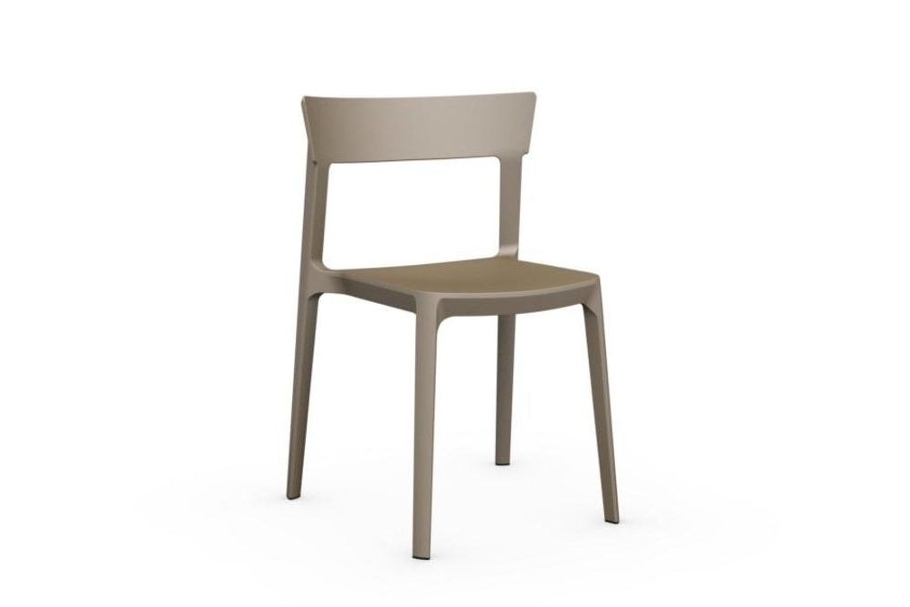 Skin-chair-nougat.jpg Skin-chair-nougat.jpg