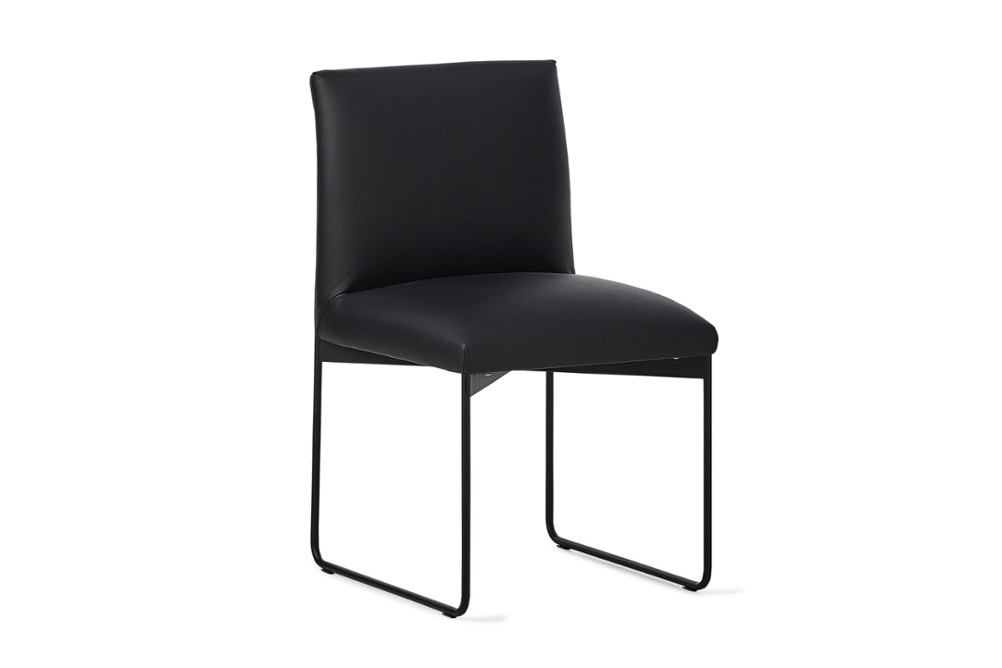 CS1866 Gala Chair Black Leather Matt Black Metal Calligaris Angle1 CS1866_Gala_Chair_Black-Leather_Matt-Black-Metal_Calligaris_Angle1.jpg
