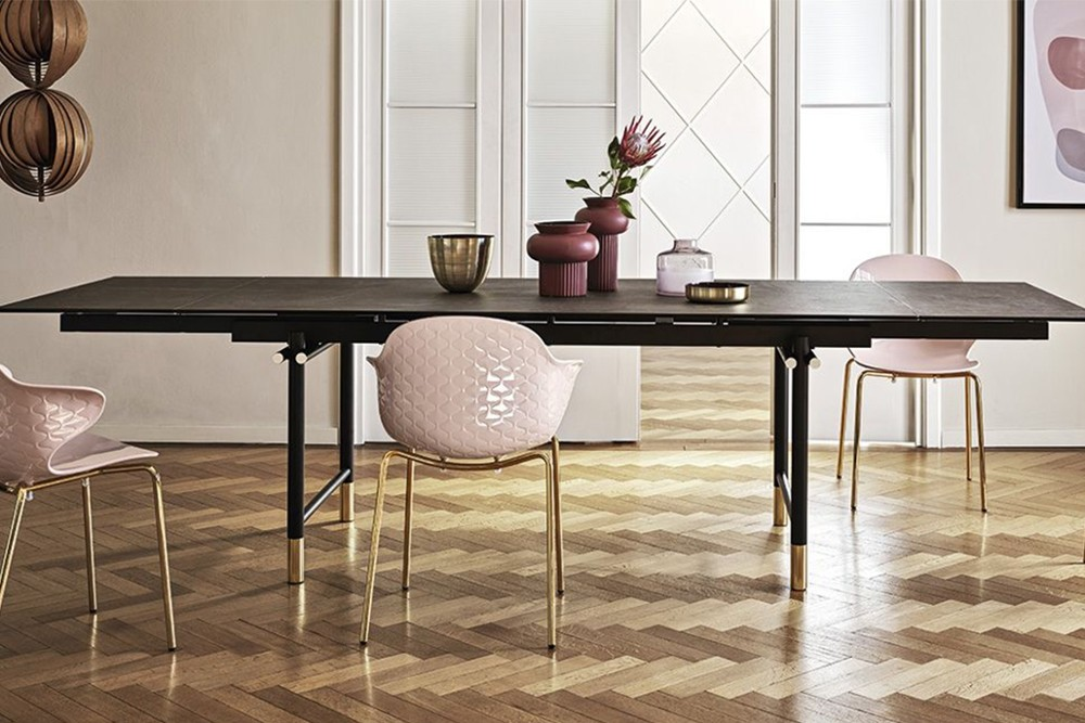 Monogram%20table%205.jpg Monogram extension table_Calligaris_Made in Italy_Designed by Archirivolto_Dondoli and Pocci_Minimalist base Monogram%20table%205.jpg