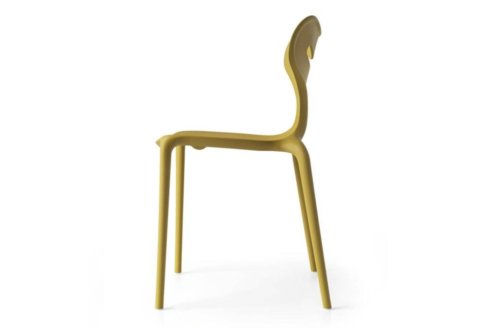 calligaris area 51 mustard outdoor chair Calligaris Area 51 Outdoor dining chairs