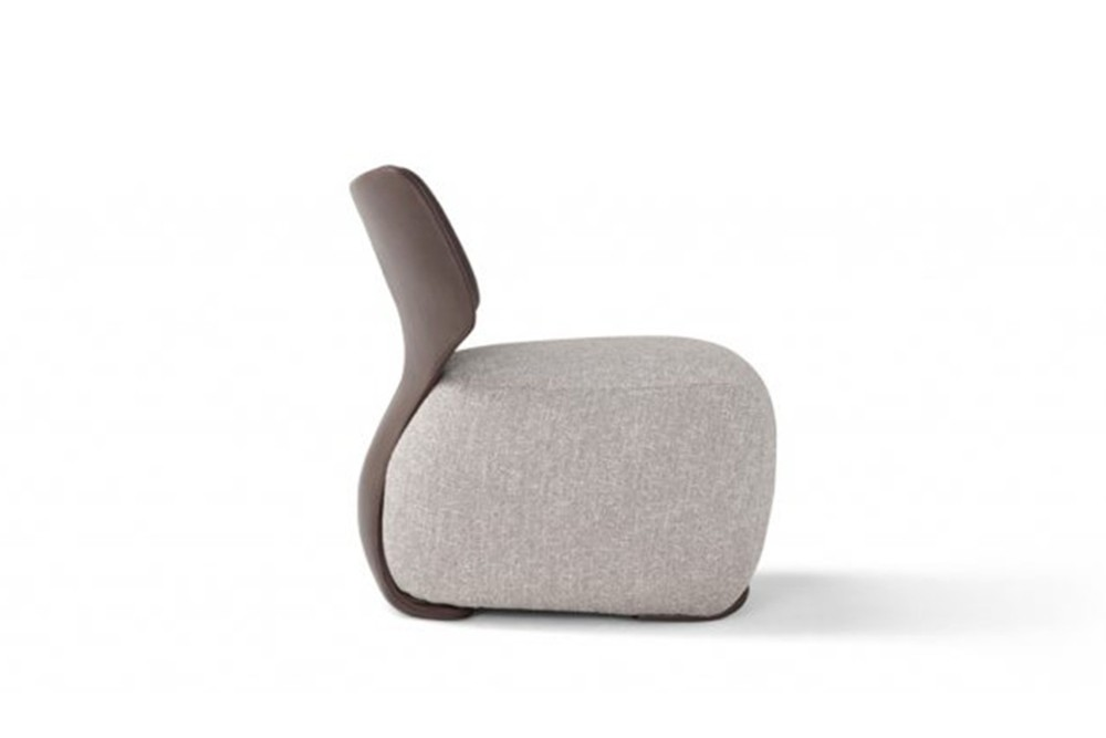 Noa 2 Noa 2.jpg Noa_ By Amura_ Designed by Stefano Bigi_Ergonomic back frame_Leather and fabric upholstery