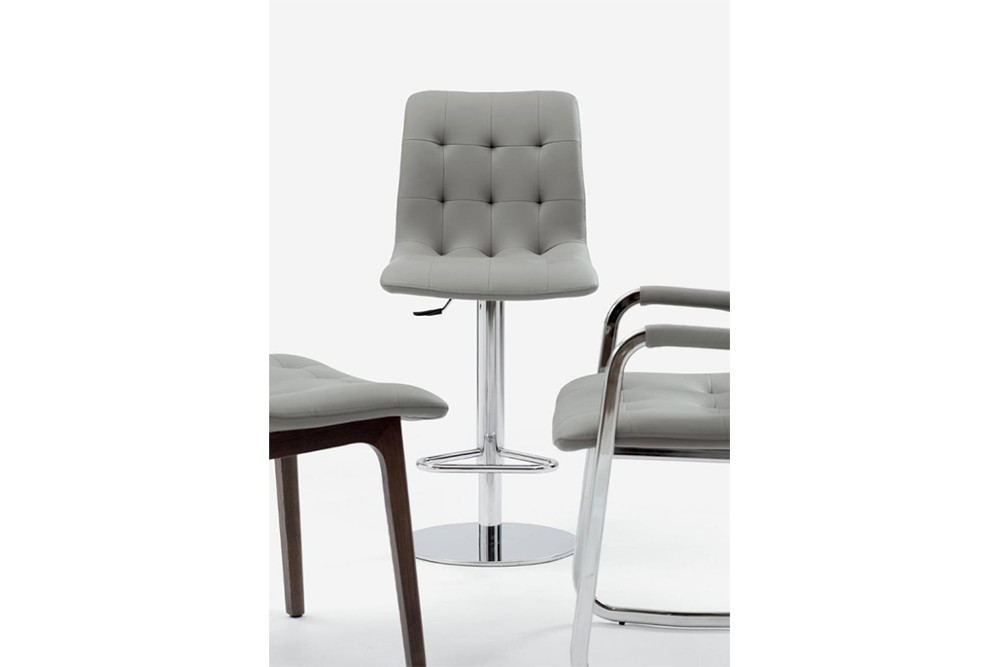 Kuga%20gas%20lift%204.jpg Kuga bar stool _ By Bontempi Casa_ Made in Italy_ Swivel base_Chrome metal frame_ Adjustable height Kuga%20gas%20lift%204.jpg