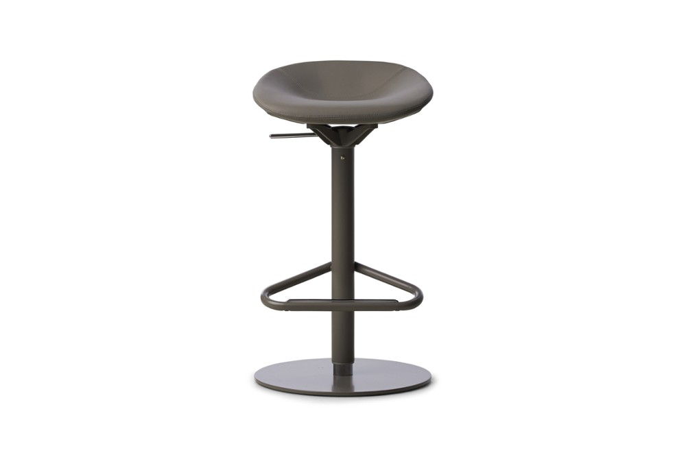CS1827 Palm Gas Lift Swivel Stool Taupe Skuba Taupe Metal Frame Calligaris Front CS1827_Palm_Gas_Lift_Swivel_Stool_Taupe-Skuba_Taupe_Metal-Frame_Calligaris_Front.jpg