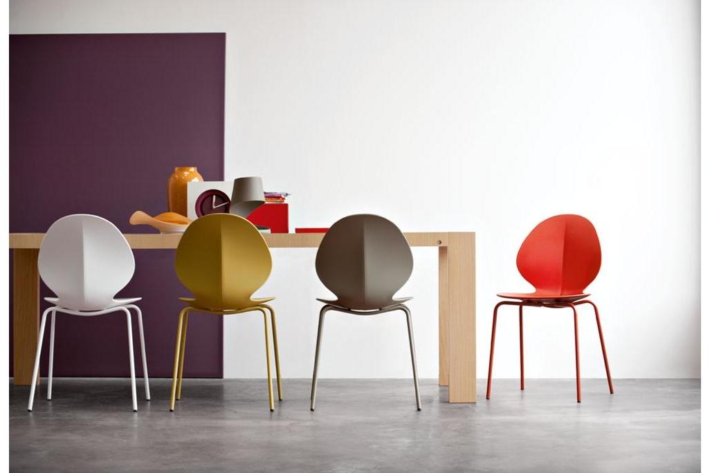 cs391_P03_cs1359.jpg Basil Chair Setting with Omnia Table (Multi Colours) Basil Chair Setting with Omnia Table (Multi Colours) Made in Italy Calligaris cs391_P03_cs1359.jpg
