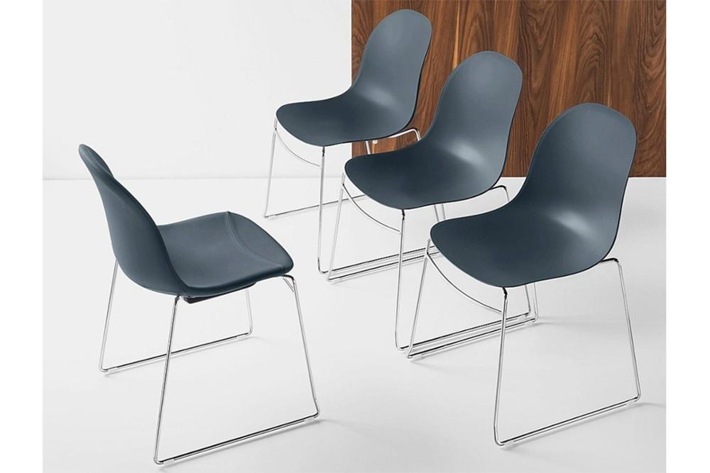 Academy chair 8 Academy chair 8.jpg Academy Chair%5FBy Calligaris