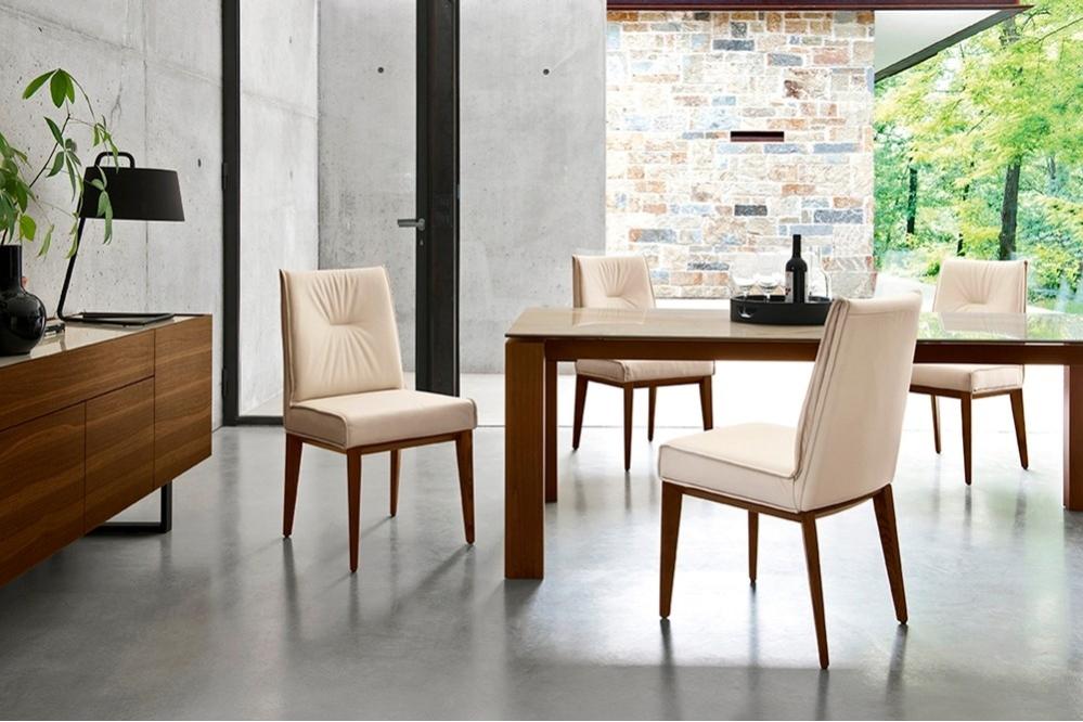 Romy CS1912 LH Wood Smoke LEATHER Cream cs4058 LV LAMINATED CERAMIC Golden Onyx Marble cs6017 1AC Chair Setting WEB Romy_CS1912-LH_Wood_Smoke_LEATHER_Cream_cs4058-LV_LAMINATED_CERAMIC_Golden_Onyx_Marble_cs6017-1AC_Chair_Setting_WEB.jpg Calligaris