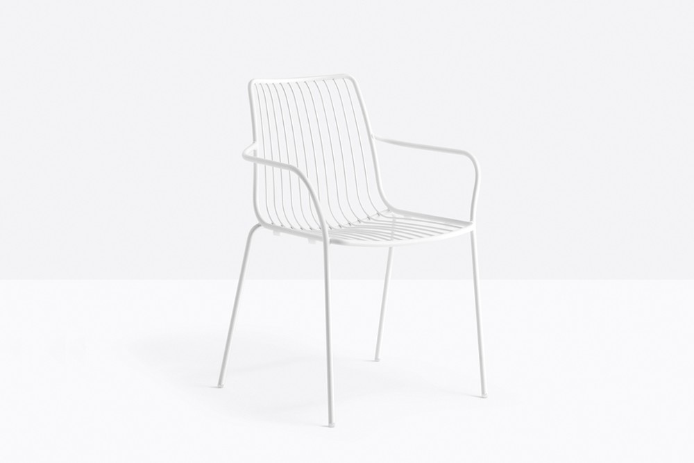 Nolita 3656 05 zoom.jpg Nolita carver chair_ DESIGN:CMP DESIGN_outdoor seatings_ metal garden chairs_Armchair with high backrest_completely made of steel and designed specifically for outdoor use. Stackable. A seat cushion is also available. Nolita 3656 05 zoom.jpg