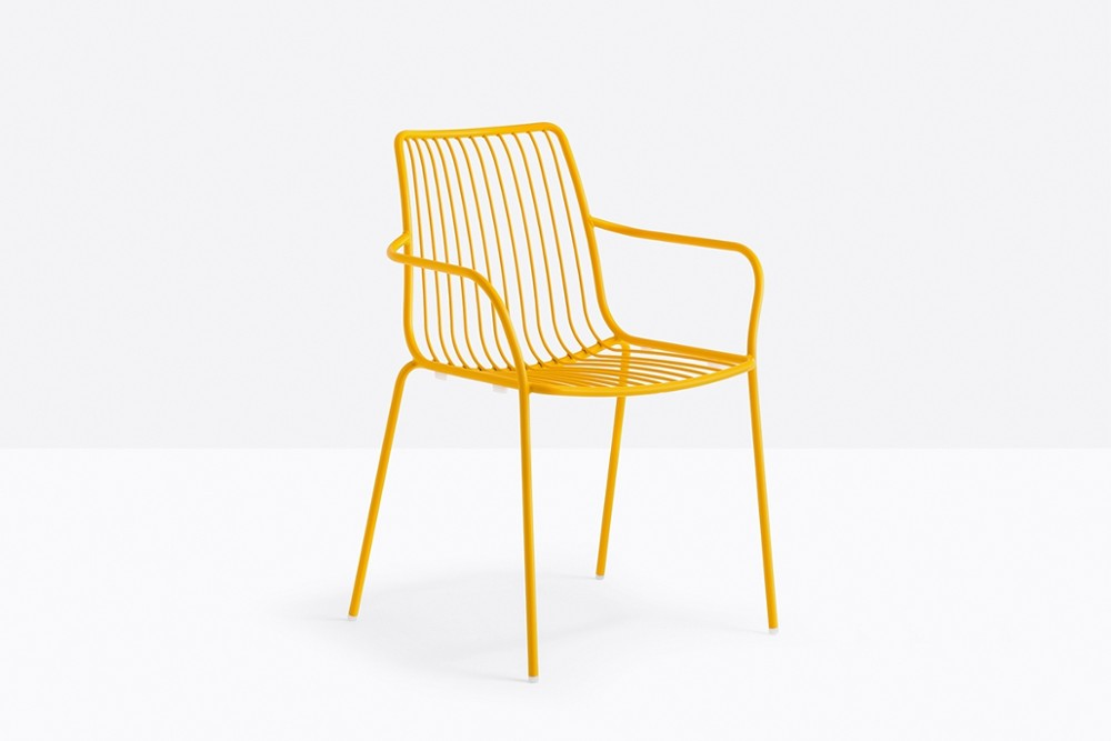 Nolita 3656 06 zoom.jpg Nolita carver chair_ DESIGN:CMP DESIGN_outdoor seatings_ metal garden chairs_Armchair with high backrest_completely made of steel and designed specifically for outdoor use. Stackable. A seat cushion is also available. Nolita 3656 06 zoom.jpg