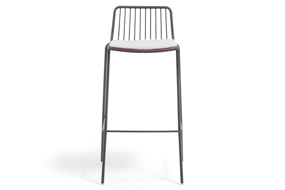 NOLITA 3657.3 01 slider.jpg Nolita Stool_By Pedrali_Made in italy_ By CMP Design_outdoor seatings_metal garden chairs_Barstool with steel tube frame powder coated for outdoor use_ Seat height 650 mm. NOLITA 3657.3 01 slider.jpg