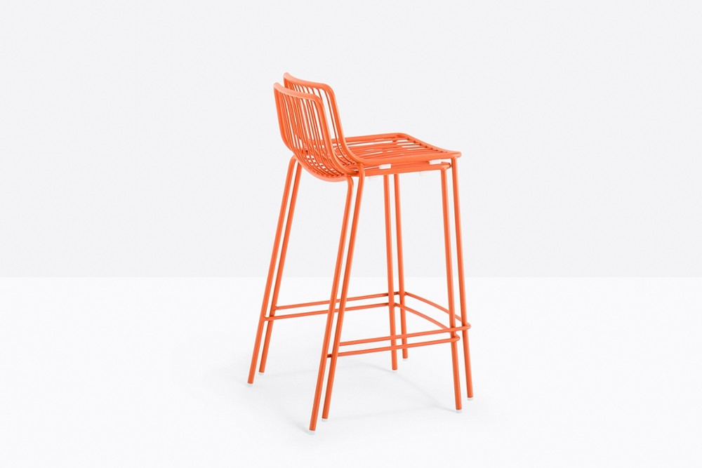 Nolita 3657 03 zoom.jpg Nolita Stool_By Pedrali_Made in italy_ By CMP Design_outdoor seatings_metal garden chairs_Barstool with steel tube frame powder coated for outdoor use_ Seat height 650 mm. Nolita 3657 03 zoom.jpg