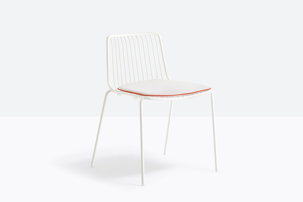 Nolita 3650 3 01 zoom.jpg Nolita chair_Pedrali_ Italy_CMP Design_Metal garden chairs_high backrest, steel tube frame powder coated for outdoor use. Nolita 3650 3 01 zoom.jpg