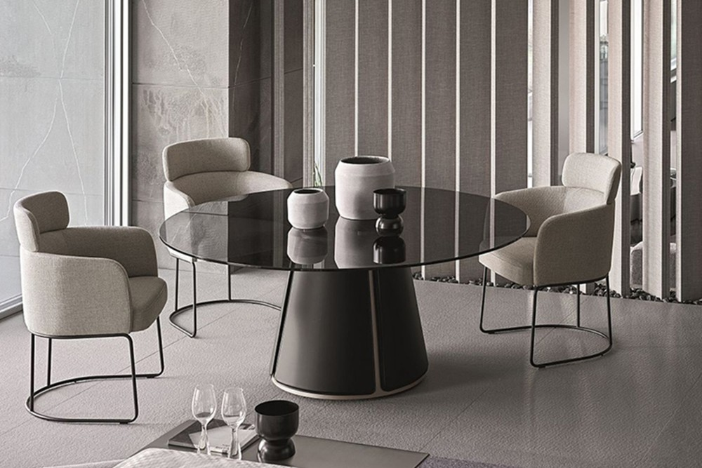 Claire Dining table 5 Claire Dining table 5.jpg Claire dining table%5FBy Ditre Italia%5F Designed by Daniele Lo Scalzo Moscheri%5FCircular Chair%5F Metal frame%5F leather upholstered base%5F Glass top