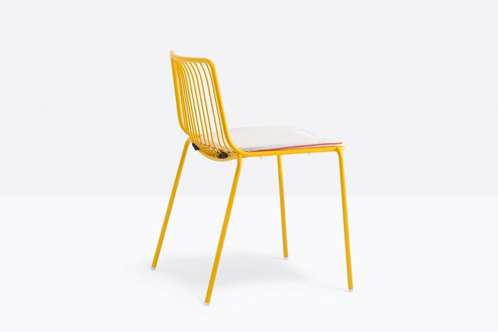 Nolita 3650 3 02 zoom.jpg Nolita chair_Pedrali_ Italy_CMP Design_Metal garden chairs_high backrest, steel tube frame powder coated for outdoor use. Nolita 3650 3 02 zoom.jpg