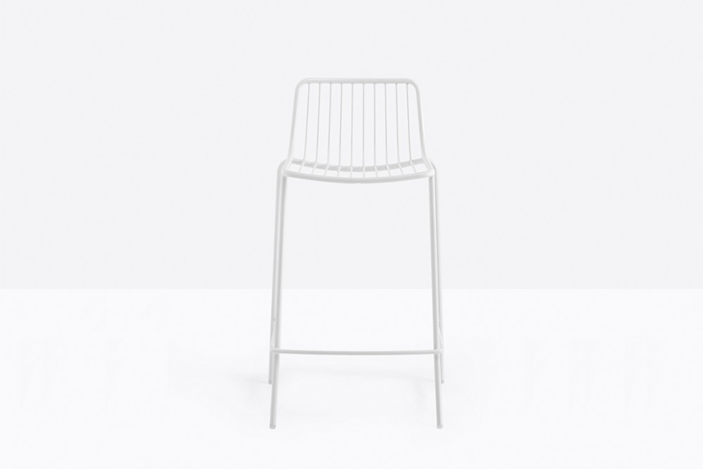 Nolita 3657 05 zoom.jpg Nolita Stool_By Pedrali_Made in italy_ By CMP Design_outdoor seatings_metal garden chairs_Barstool with steel tube frame powder coated for outdoor use_ Seat height 650 mm. Nolita 3657 05 zoom.jpg