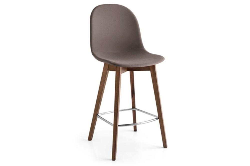 Academy wood stool 4 Academy wood stool 4.jpg Academy wood stool%5FBy Calligaris%5F Four legs%5F
