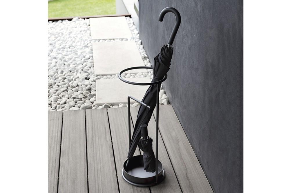Minimum Umbrella stand 2407 1.jpg Minimum Umbrella stand_Calligaris_ Italy_Busetti / Garuti / Redaelli_ Minimum Umbrella stand 2407 1.jpg
