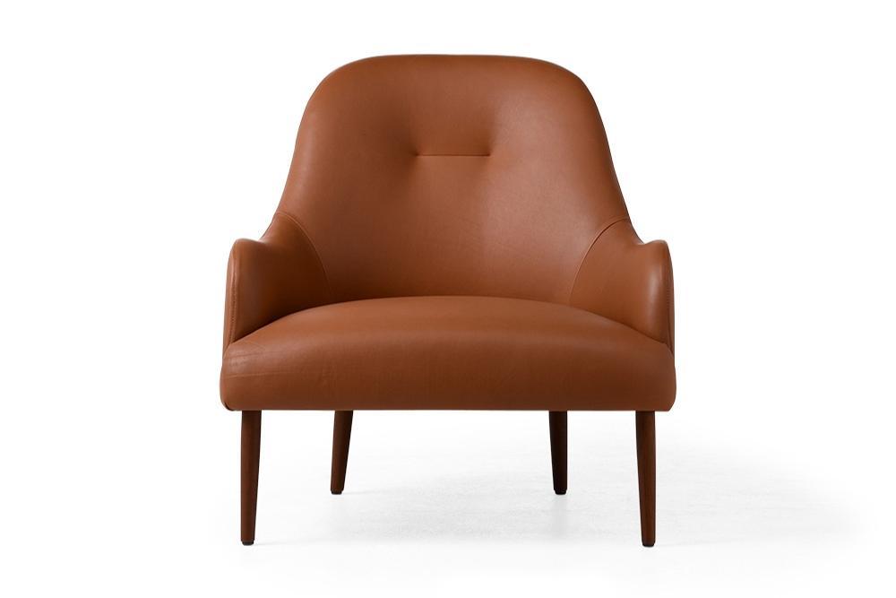 Solv-Else-Chair-Tan-Front.jpg Solv Else Chair Leather Tan Front Solv-Else-Chair-Tan-Front.jpg