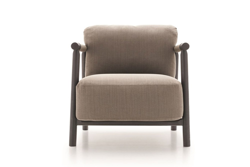 Nathy%204.jpg Nathy armchair_Ditre Irtalia_Made in italy_Designed by Gabriele Buratti and oscar Buratti_Wooden Frame_Fabric or leather Upholstery Nathy%204.jpg