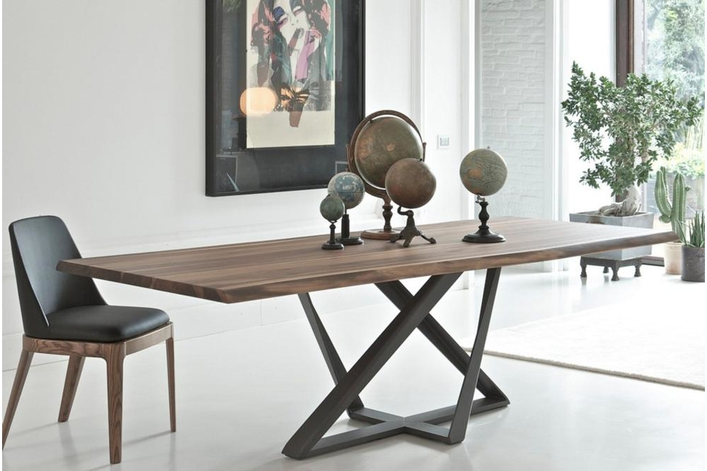 Millenium Solid Wood Metal Base Dining Table Bon Tempi Casa Tables