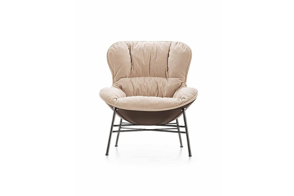 softy%204.jpg Softy Armchair_By Ditre Italia_Made in italy_Designed by Edi & Paolo Ciani Design_Upholstered _Metal Base_wood base_Lounge_Soft Padded seat_Fixed or swivel base options softy%204.jpg