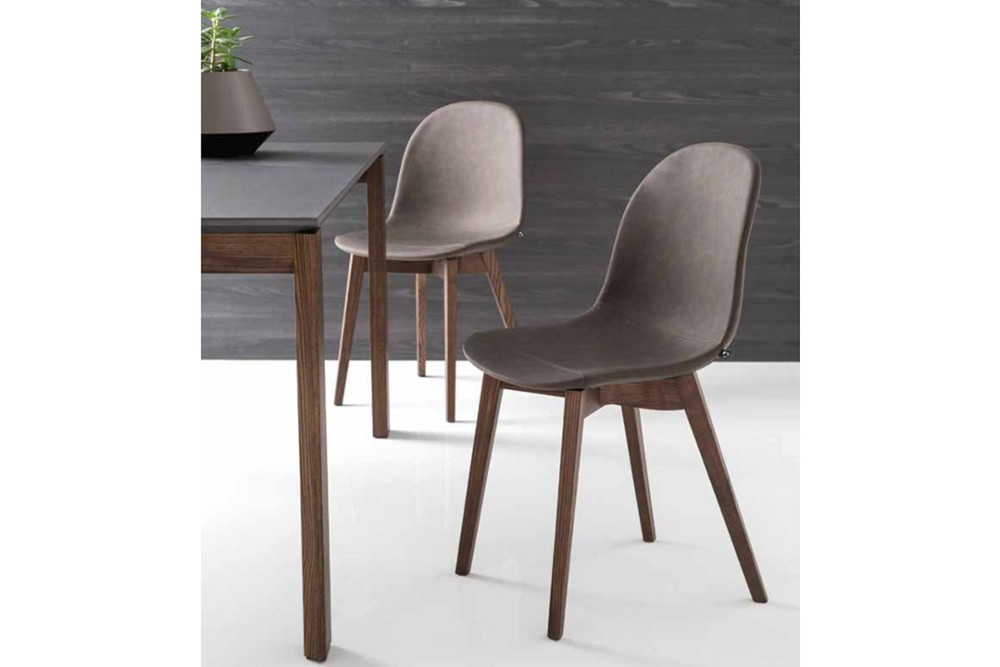 Academy Wood chair 3 Academy Wood chair 3.jpg Academy wood chair%5FBy Calligaris%5F Four legs%5F
