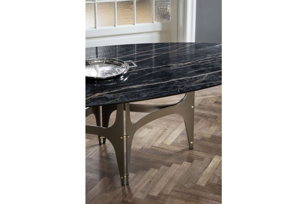 Universe%203.jpg Universe dining table_Bontempi casa_ Barrel shaped top_made in italy_ Elliptical top_ Rectagular top_ Fixed top_ Veneer wood_solid wood_Glossy glass_Matt anti scratch glass_SuperMarble Universe%203.jpg